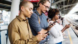 Quels sont les pays où la plupart des adultes n'ont toujours pas de smartphone ?